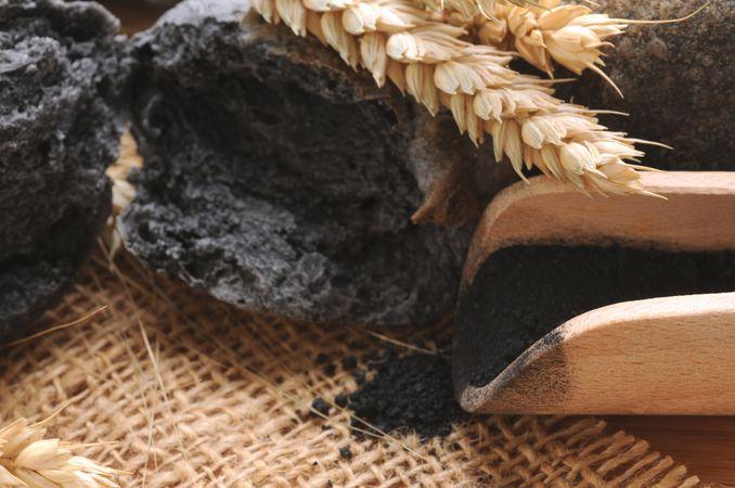 Exkursion Kohlrabenschwarzes Brot backen