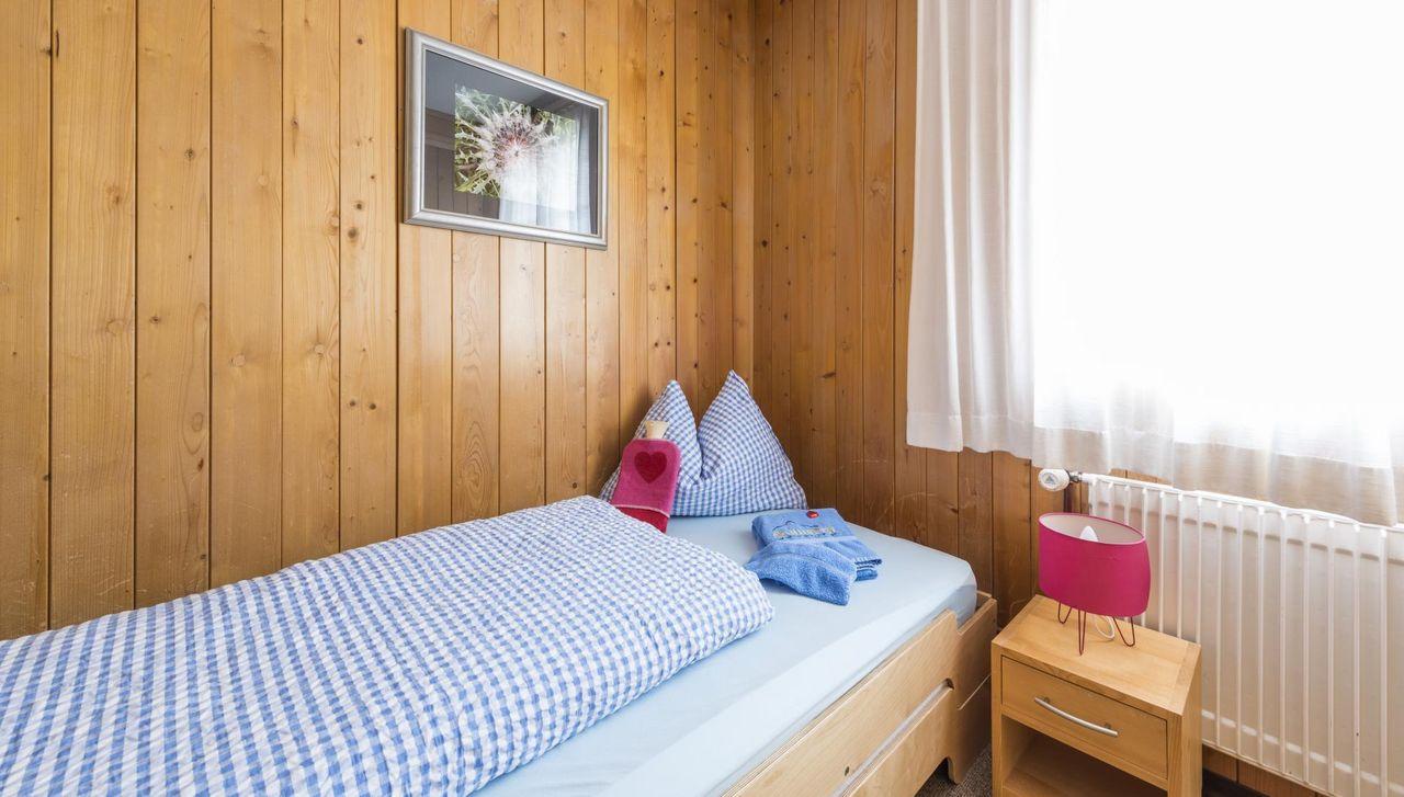 Die Einzelzimmer im Berggasthaus Salwideli bieten einen Ort zum Entspannen