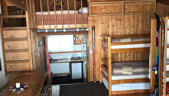 Einfach gemütlich sind die Mehrbettzimmer der Lodge, in denen sich Familien und kleine Gruppen wohl fühlen